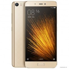 Смартфон Xiaomi Mi5 3GB/32GB Gold (золотистый)