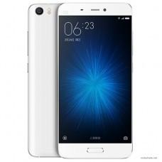 Смартфон Xiaomi Mi5 3GB/32GB White (белый)